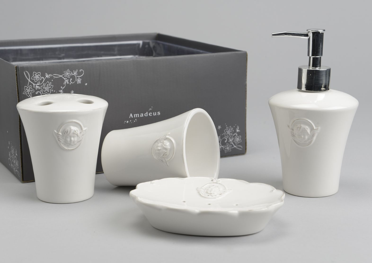 Accessori Bagno Le Bains : Set accessori bagno chanel shabby chic