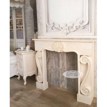 cornice camino avorio antico decape in legno massello shabby chic con decori in stile provenzale roma online