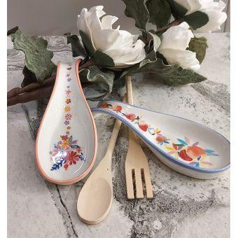 Poggiamestolo in ceramica shabby decorato a mano con motivi floreali country chic roma online