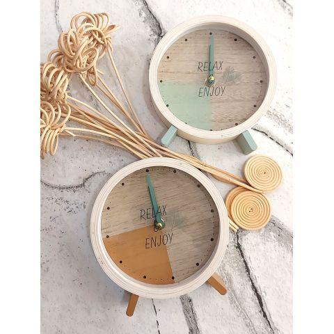Orologio da Tavolo stile SCANDINAVIAN  SHABBY - in legno modello NORDIC 1